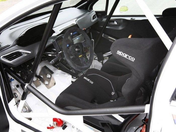 Peugeot 208 R2 Primer Producto Light De La Familia 208 Para Rally