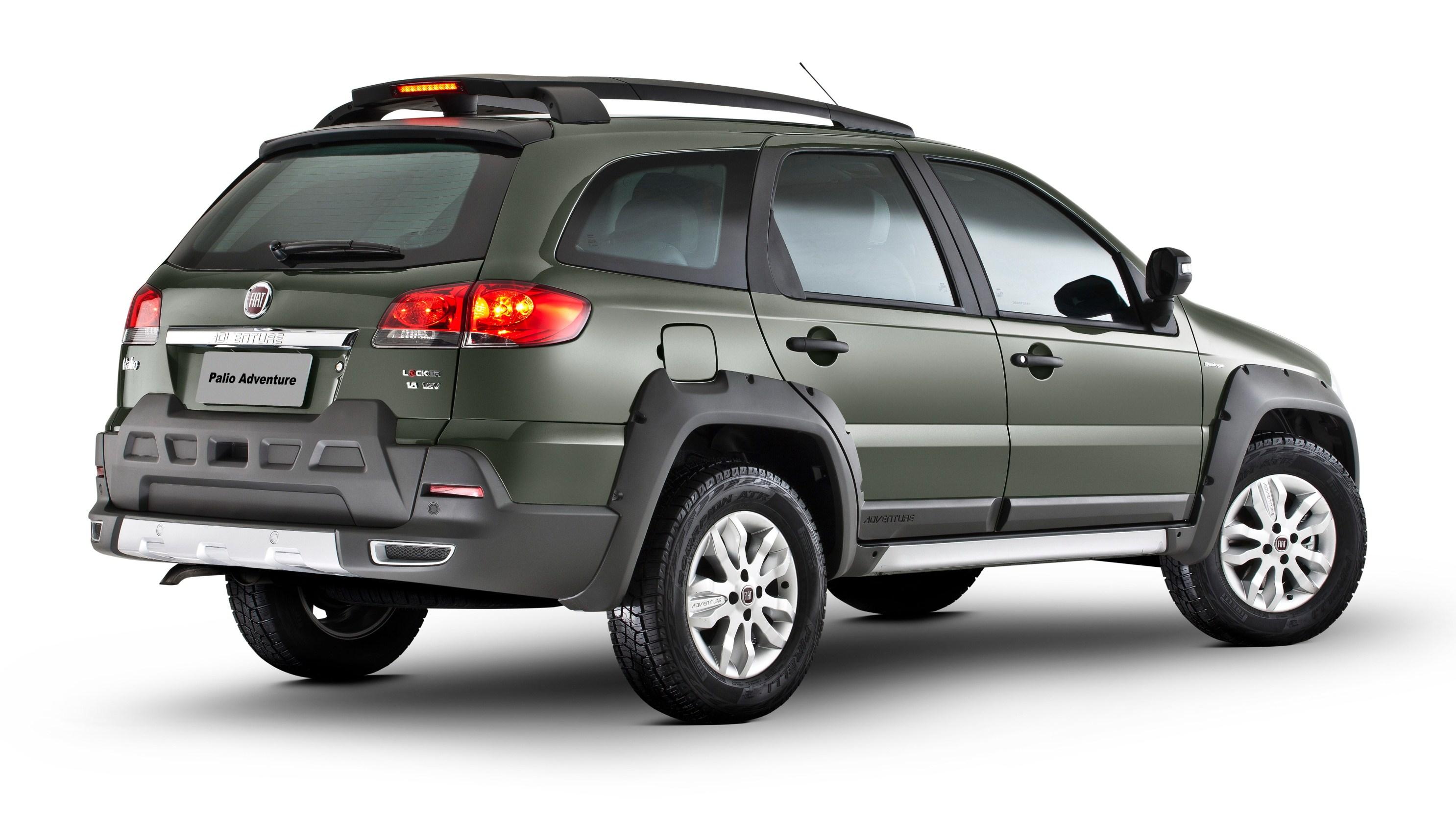 Fiat presenta el renovado palio weekend en 3 versiones for Fiat adventure precio