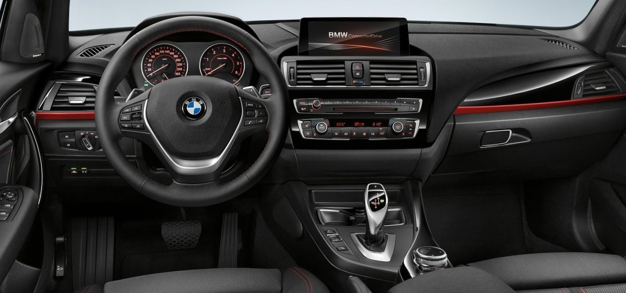 interior del bmw serie 1 2015 automotiva. Black Bedroom Furniture Sets. Home Design Ideas