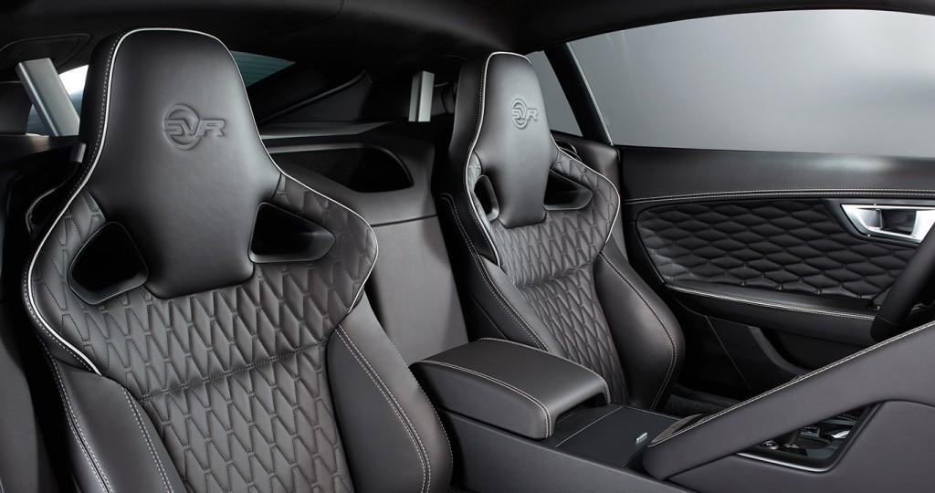 Jaguar F-Type SVR 2017