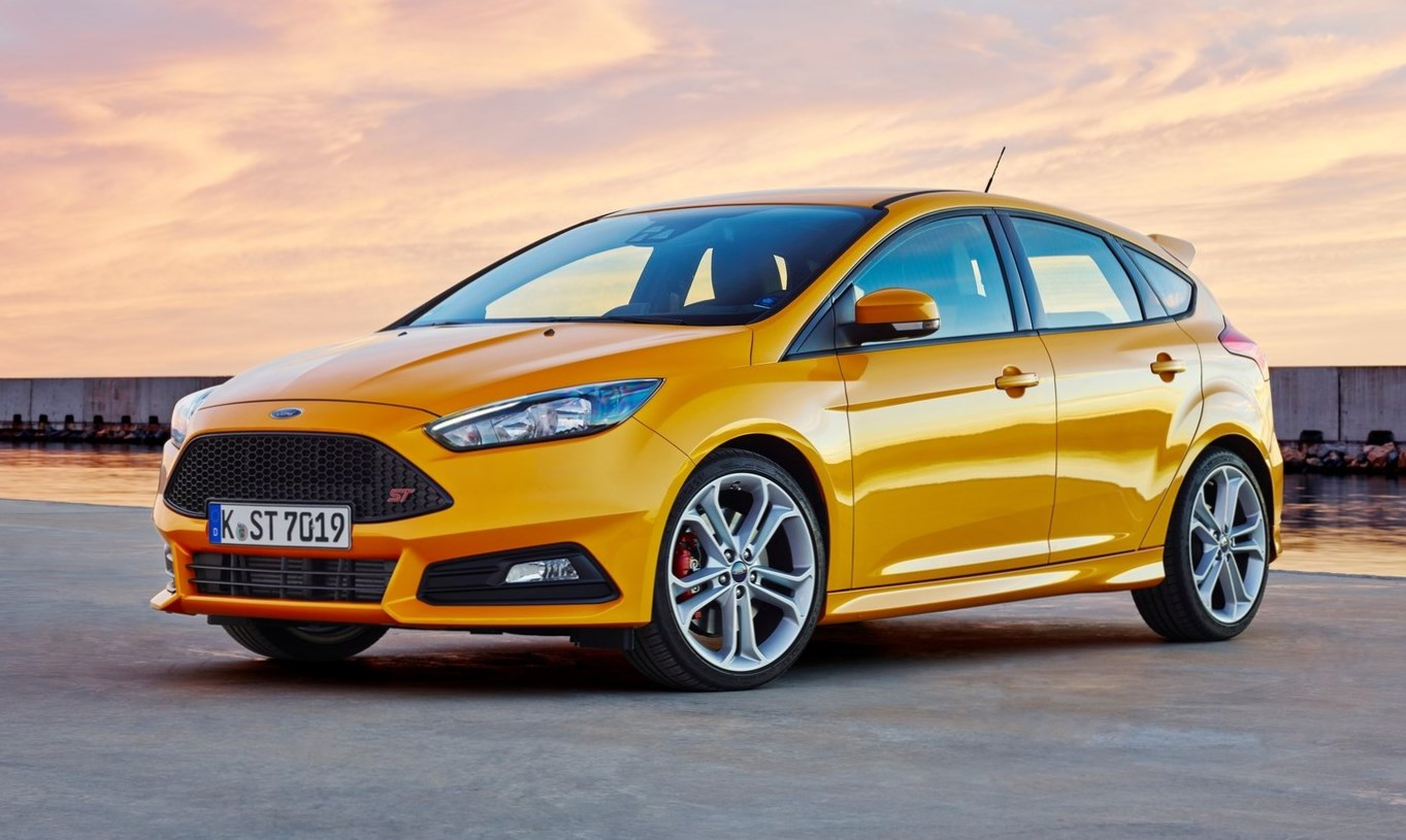 ford presenta los nuevos fiesta st line y focus st line europeos automotiva. Black Bedroom Furniture Sets. Home Design Ideas