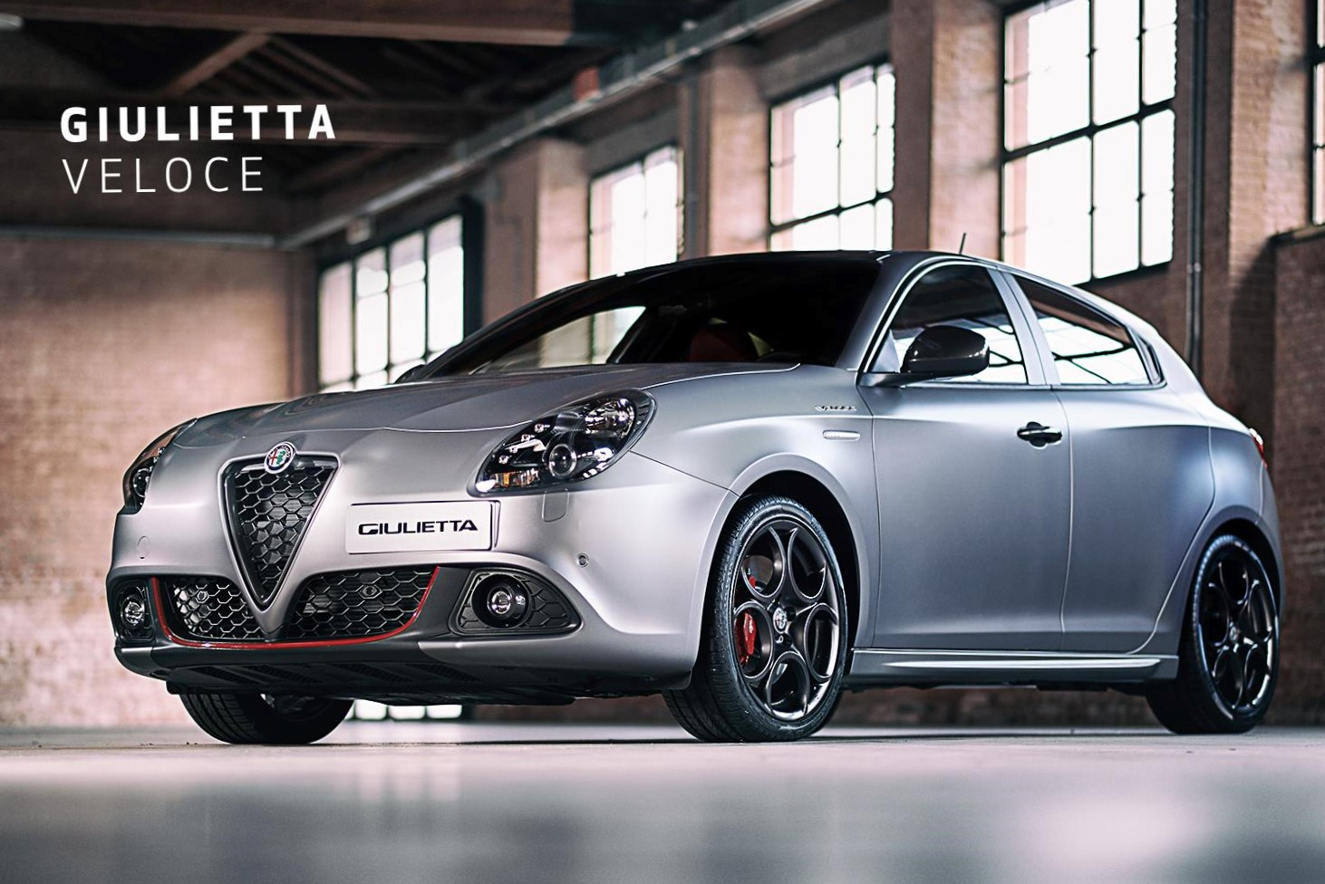 alfa romeo argentina ya vende el giulietta quadrifoglio veloce 240 cv automotiva. Black Bedroom Furniture Sets. Home Design Ideas