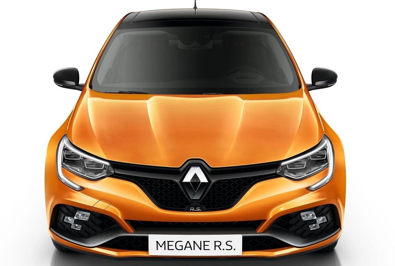 este es el nuevo megane  iv  rs con 280 cv y 4 ruedas